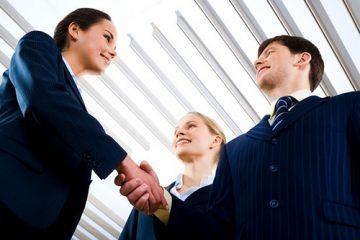 יועץ עסקי לקבלת החלטות עסקיות גורלית